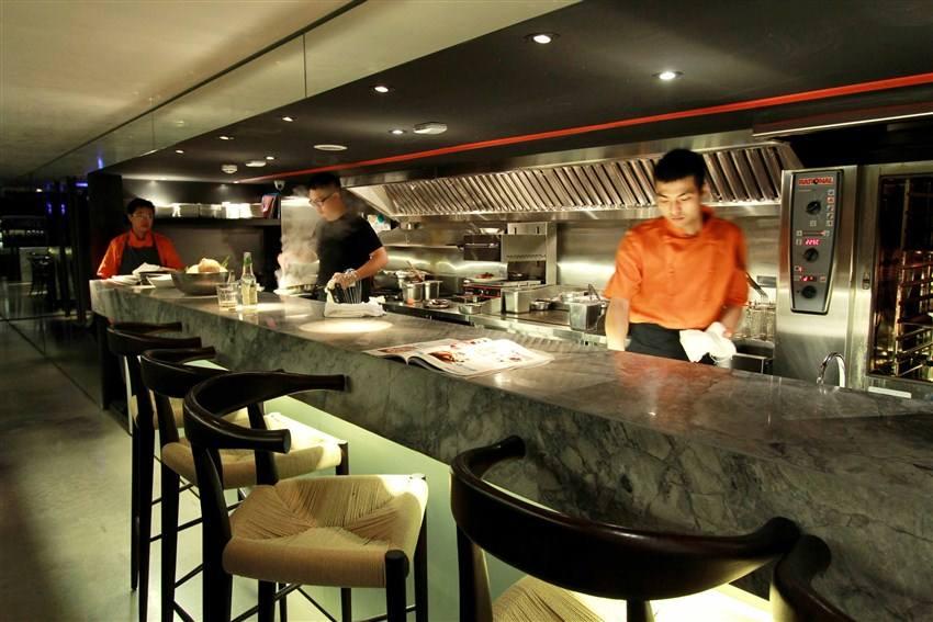商用厨房设计-开放式厨房有这么多种!你知道吗?