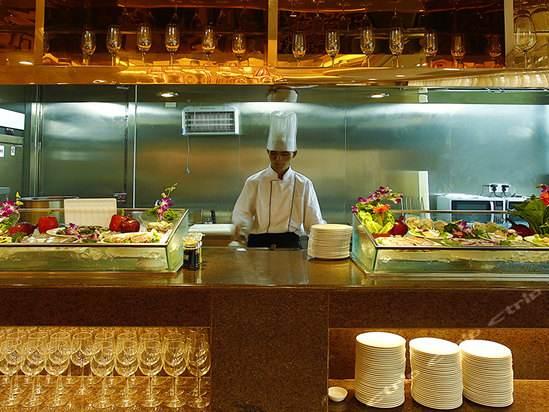 酒店厨房设备多少钱一套