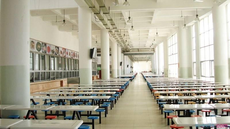 开放式食堂设计时要考虑哪些因素